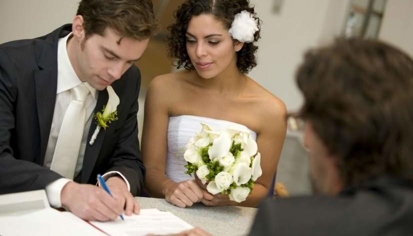 Casarse con un extranjero y no morir en el intento