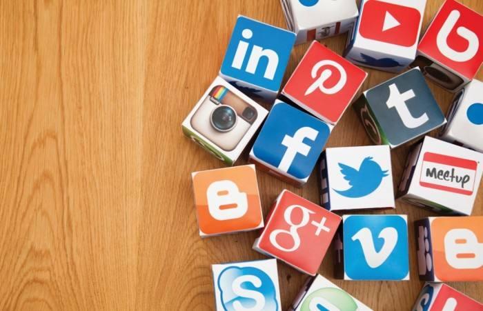 redes sociales y traducción